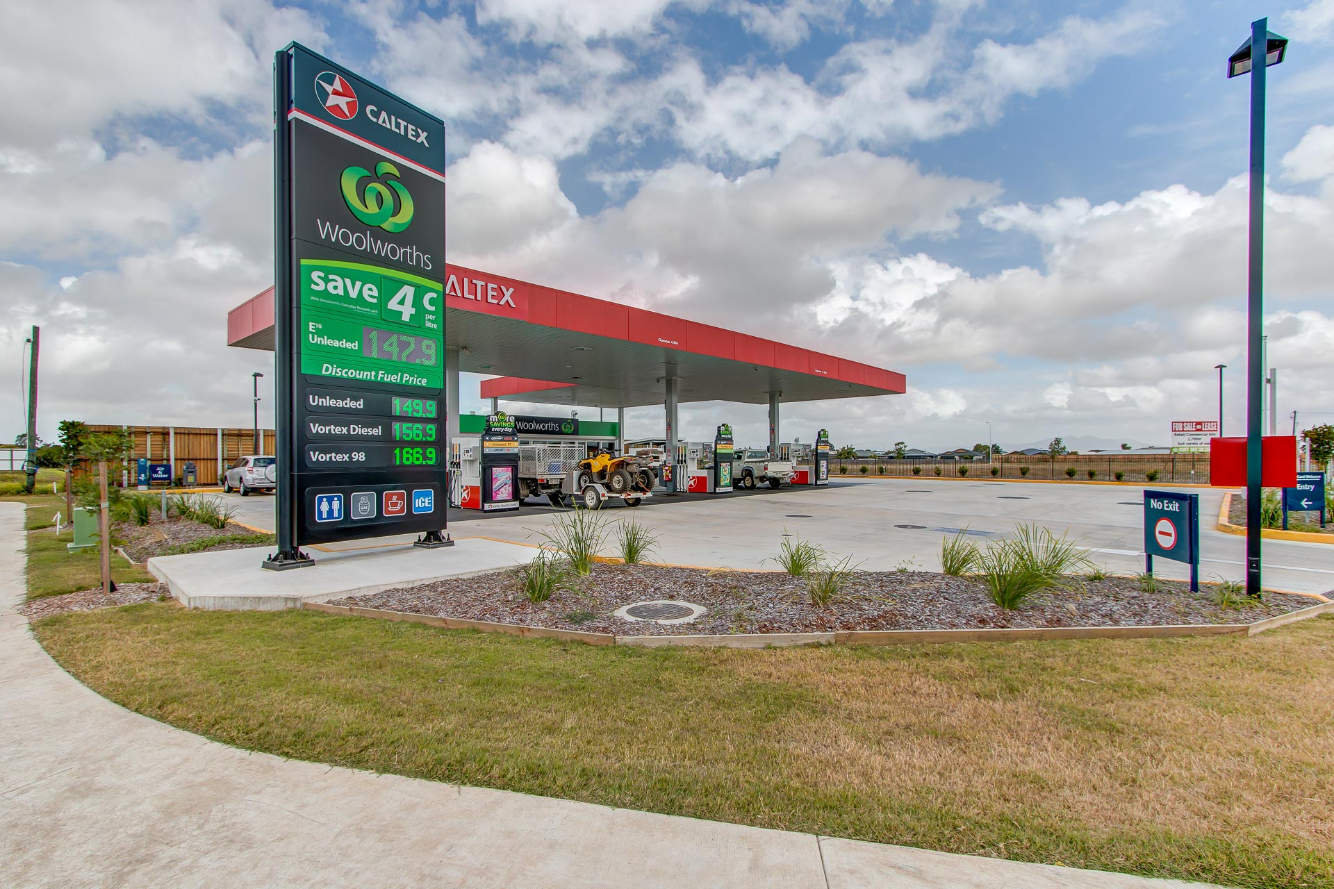 Commercial Photography Mackay - Caltex Servo